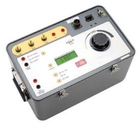 Fuente programable de alta corriente para ensayo de interruptores