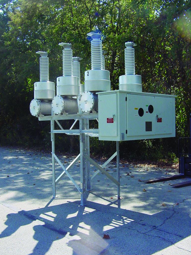 Interruptor - 72,5kv: Peso de SF6: 29 lbs – 13 Kg