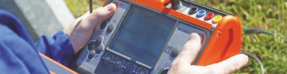 Usando el Telurómetro AMRU 120 de Amperis